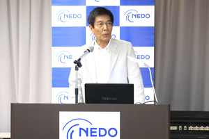 photo: Dr. Tomoji Kawai, Executive Director of the NEDO Technology Strategy Center (TSC) greeting the participants