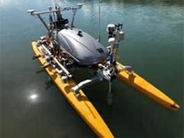 試験で使用した水中点検用フロートロボットを表した図7