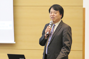 Noriaki Tokuda, Research Director at the Institute of Applied Energy, delivering the keynote lecture at the symposium