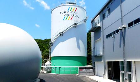 縦型乾式メタン発酵施設外観の写真