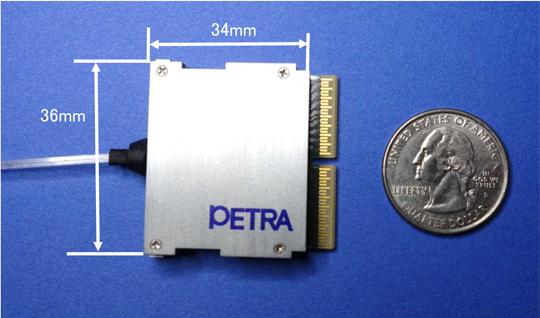 400ギガビット/秒伝送オンボード光モジュール
